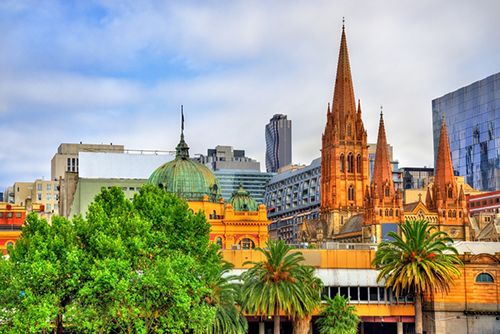 Flinders Street Station and St Paul_s Cathedral_MELBOURNE